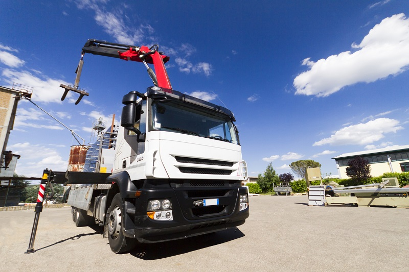 4 Important Things To Consider While Selecting Crane Truck Hire Providers