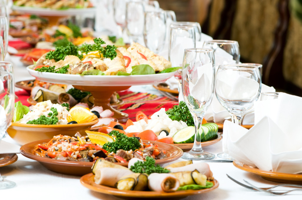 Use Wholesalers For All Your Catering Needs