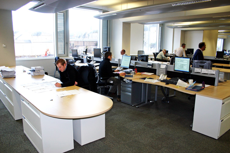 How to make the most of your small business office space cometao - Making most of small spaces property ...