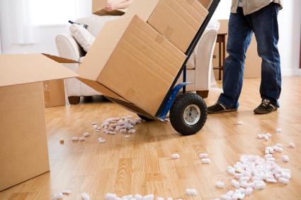 The Best Way To Choose A Decent Company For Availing Movers Services