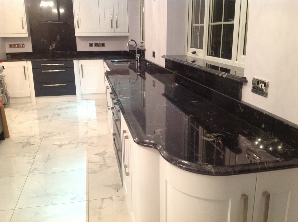 Choosing A Granite Worktop? Here Are The Main Factors You Need to Consider