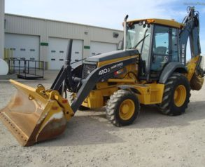 How To Save Your Budget With Backhoe Rentals