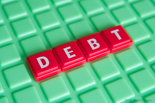 5 Reasons Why You Should Get Into A Debt Settlement Program