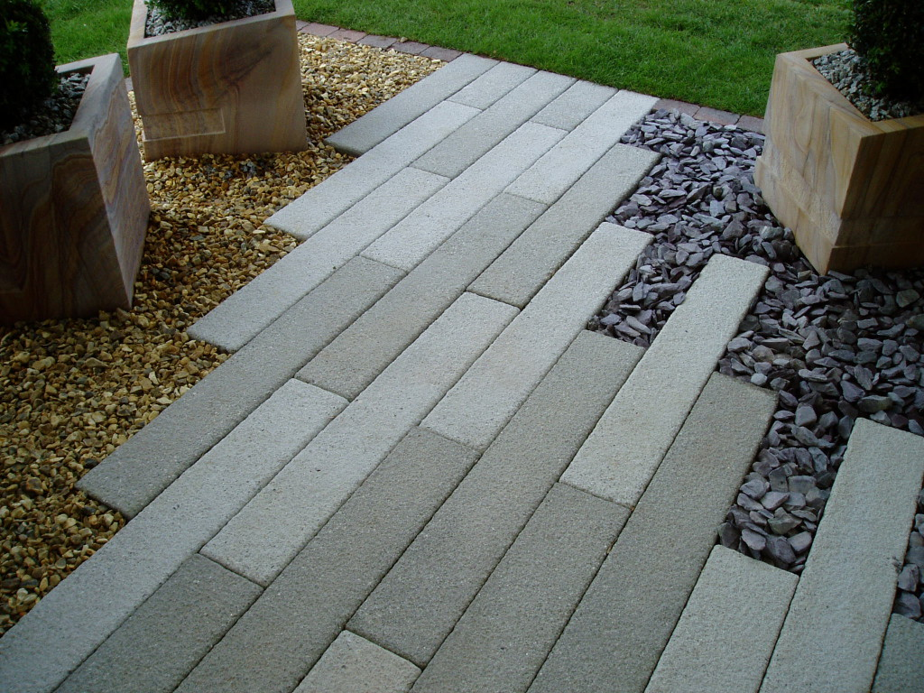 How To Choose Your Partner Among The Paving Stone Suppliers?