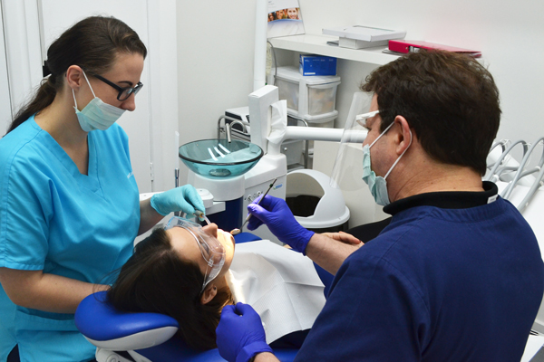 Avail Free Panoramic X-ray On First Free Check-up At Best Dental Clinic London!