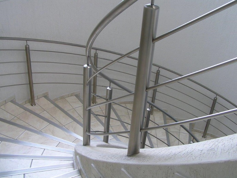 Why Should You Install Stainless Steel Balustrades In Your Home Or Office
